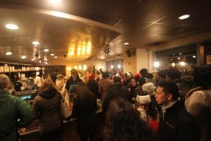 A Very Crowded Starbucks