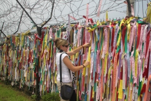 Hanging a ribbon for peace